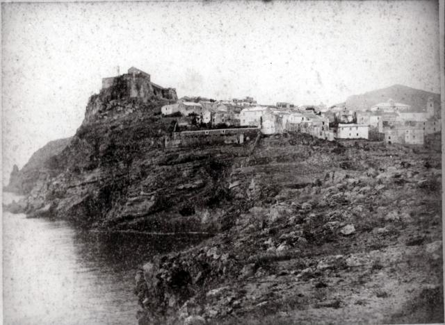 Piccinini - Veduta del paese dell'isola di Capraia - 1890-1900